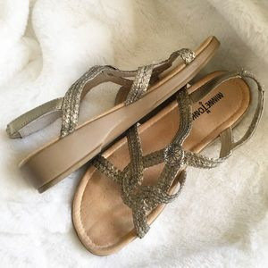 Minnetonka Sandals Straps Metallic